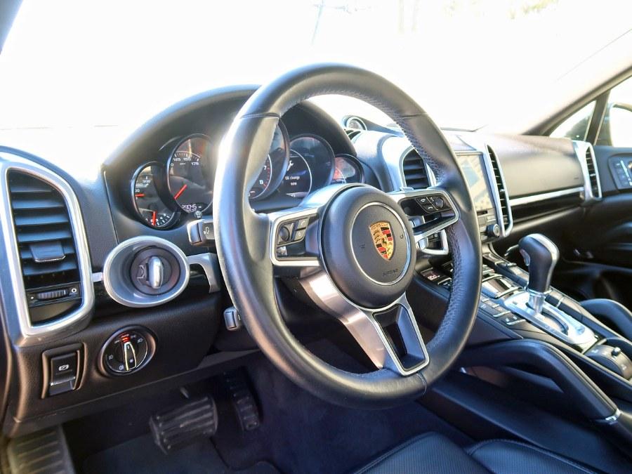 Used Porsche Cayenne Platinum Edition  2018 | Auto Expo Ent Inc.. Great Neck, New York