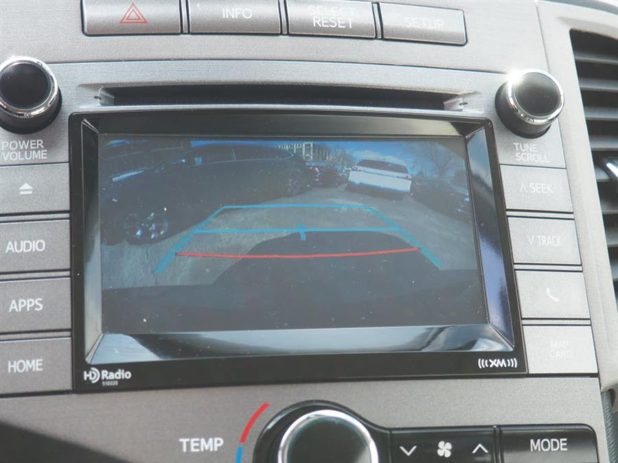 Used Toyota Venza XLE 2015 | Autouse. Andover, Massachusetts