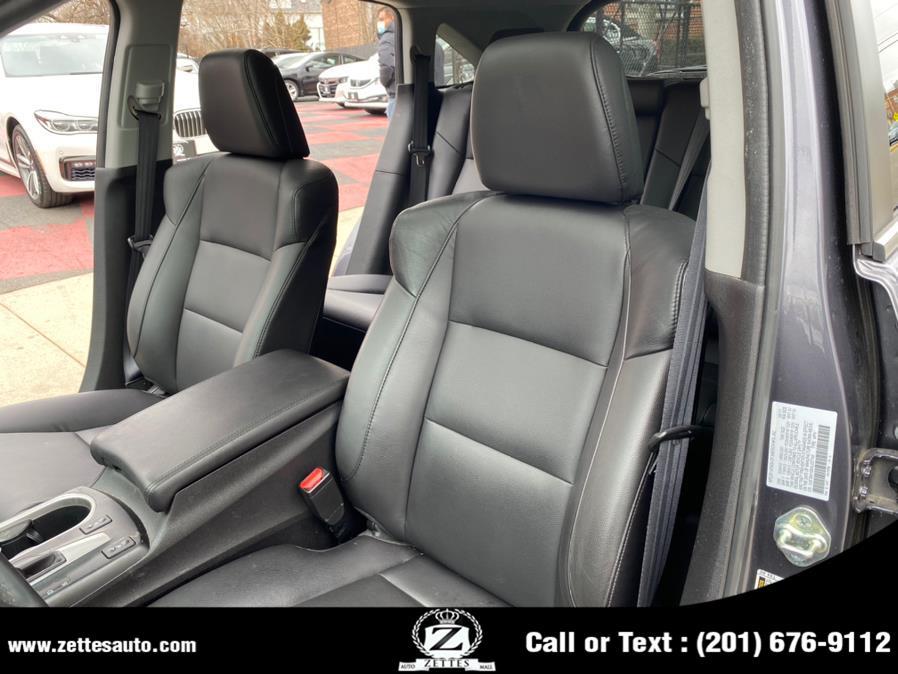 Used Acura RDX AWD w/AcuraWatch Plus 2017 | Zettes Auto Mall. Jersey City, New Jersey