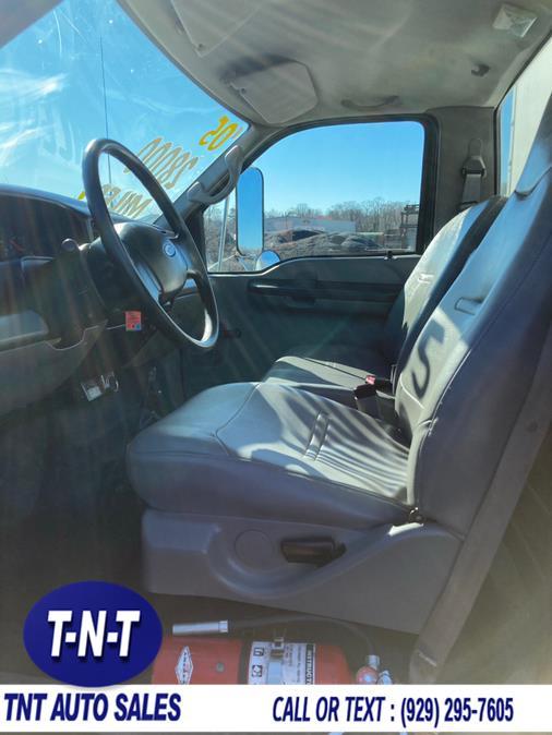 Used Ford Super Duty F-750 Straight Frame Reg Cab XL 2005   TNT Auto Sales USA inc. Bronx, New York