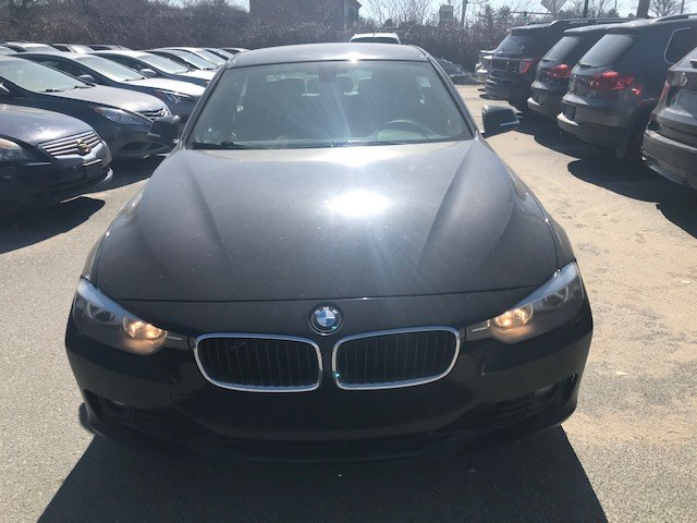 Used BMW 3 Series 4dr Sdn 328i xDrive AWD SULEV 2013 | J & A Auto Center. Raynham, Massachusetts