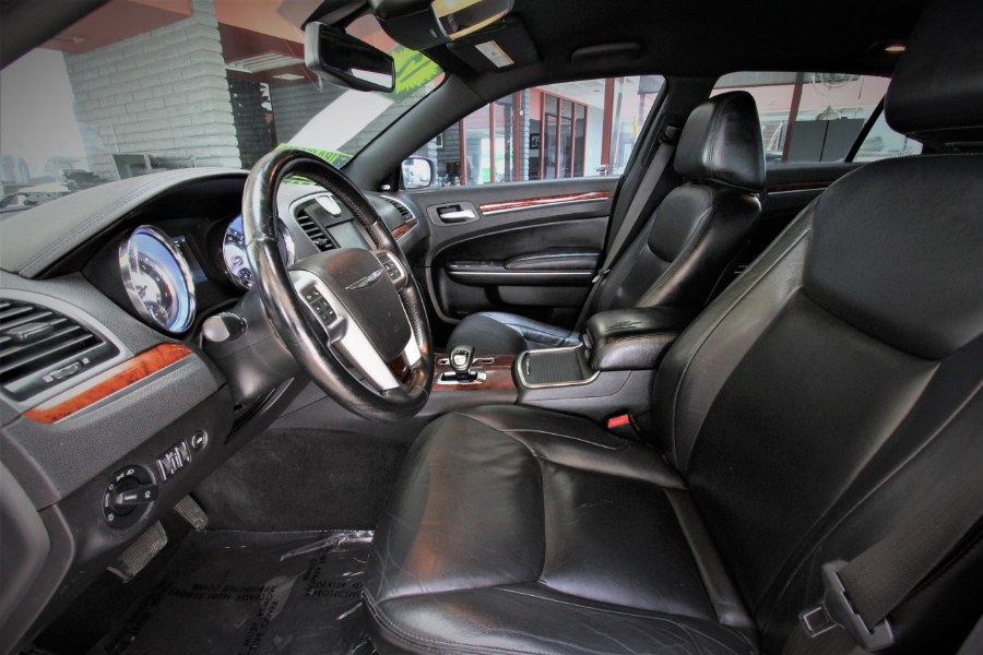Used Chrysler 300 4dr Sdn V6 Limited RWD 2012 | 1 Stop Auto Mart Inc.. Garden Grove, California