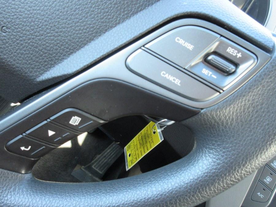 Used Hyundai Santa Fe SE 3.3L Auto AWD 2018 | Route 27 Auto Mall. Linden, New Jersey