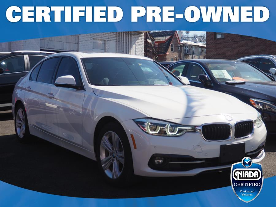 Used 2018 BMW 3 Series in Jackson Heights, New York | Connection Auto Sales Inc.. Jackson Heights, New York