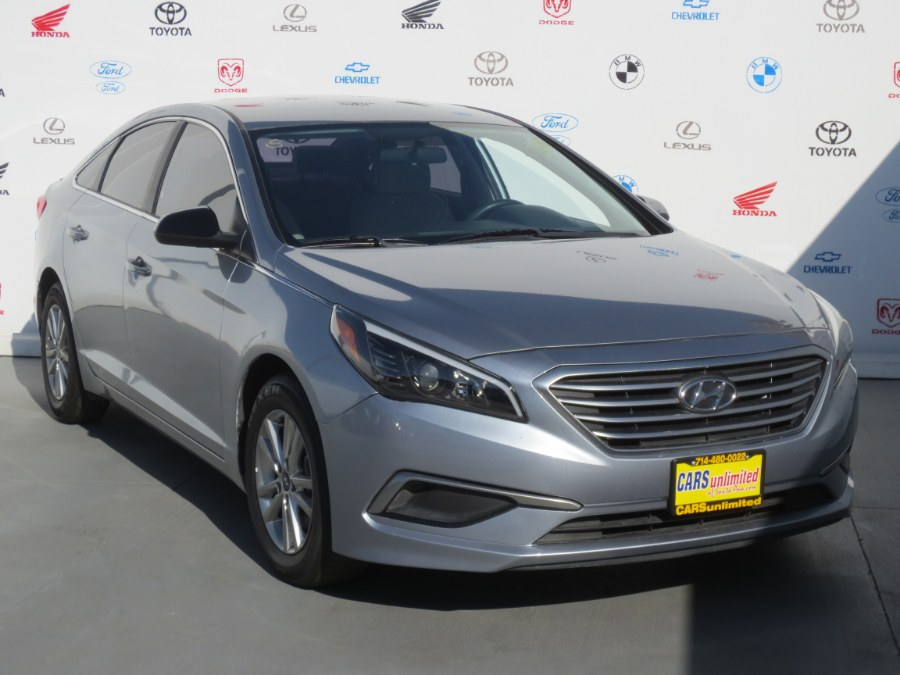 Used 2017 Hyundai Sonata in Santa Ana, California | Auto Max Of Santa Ana. Santa Ana, California