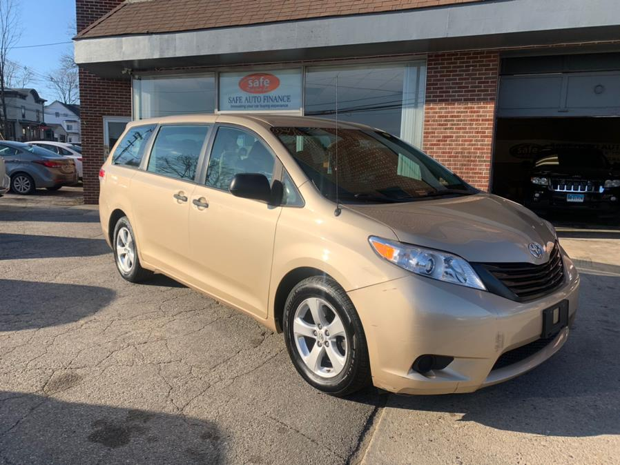 Used 2014 Toyota Sienna in Danbury, Connecticut | Safe Used Auto Sales LLC. Danbury, Connecticut