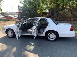 Used Mercury Grand Marquis 4dr Sdn LS 2010 | Daytona Auto Sales. Little Ferry, New Jersey