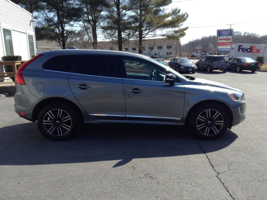 Used Volvo XC60 T5 AWD Dynamic 2017 | Eurocars Plus. Groton, Connecticut