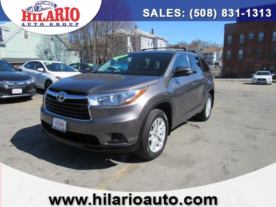 Used 2016 Toyota Highlander in Worcester, Massachusetts | Hilario's Auto Sales Inc.. Worcester, Massachusetts