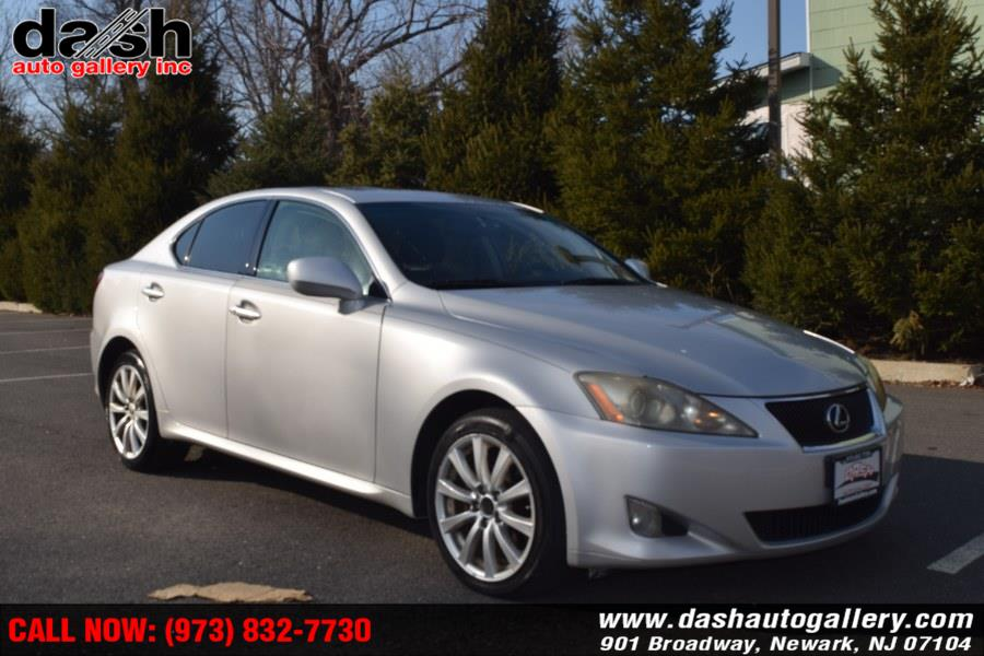 Used 2007 Lexus IS 250 in Newark, New Jersey | Dash Auto Gallery Inc.. Newark, New Jersey