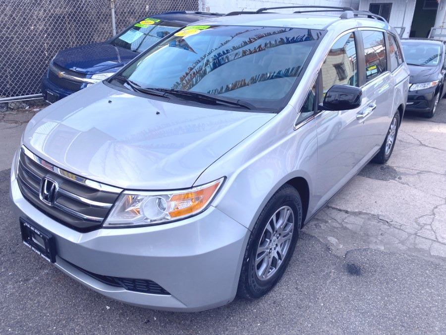 Used 2012 Honda Odyssey in Middle Village, New York | Middle Village Motors . Middle Village, New York