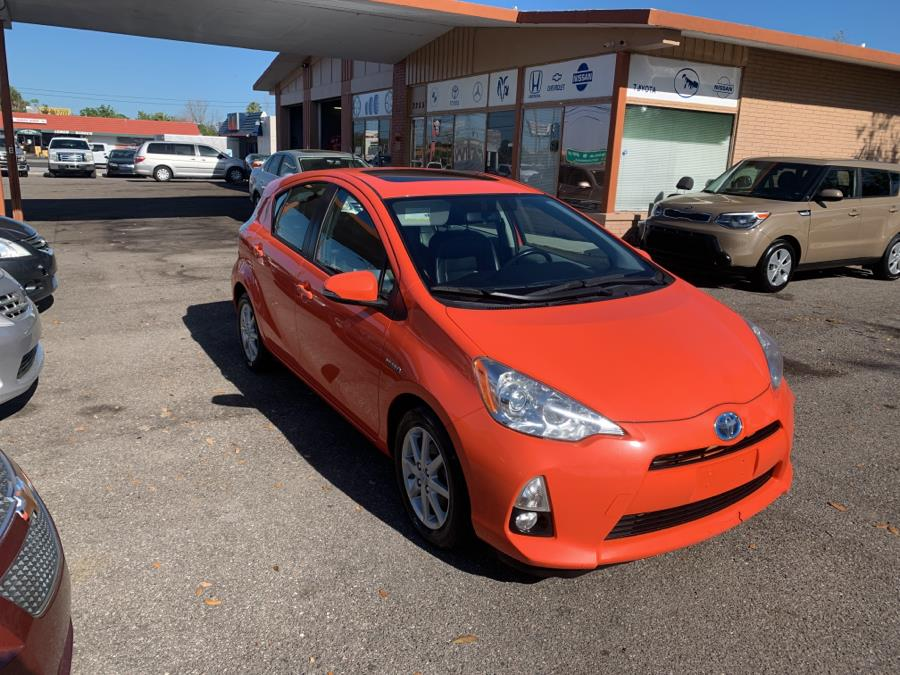 Used Toyota Prius c 5dr HB One (Natl) 2013 | Central florida Auto Trader. Kissimmee, Florida