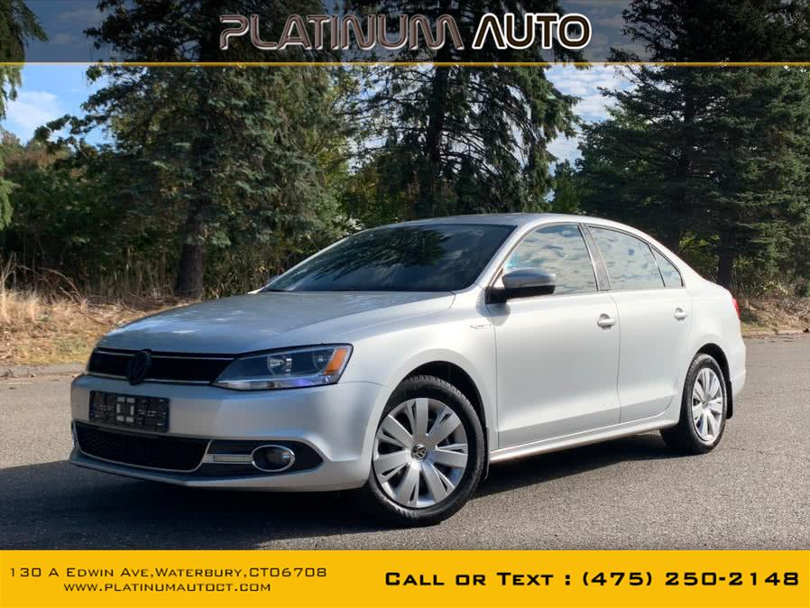 Used Volkswagen Jetta Sedan 4dr Auto SE PZEV 2014 | Platinum Auto Care. Waterbury, Connecticut