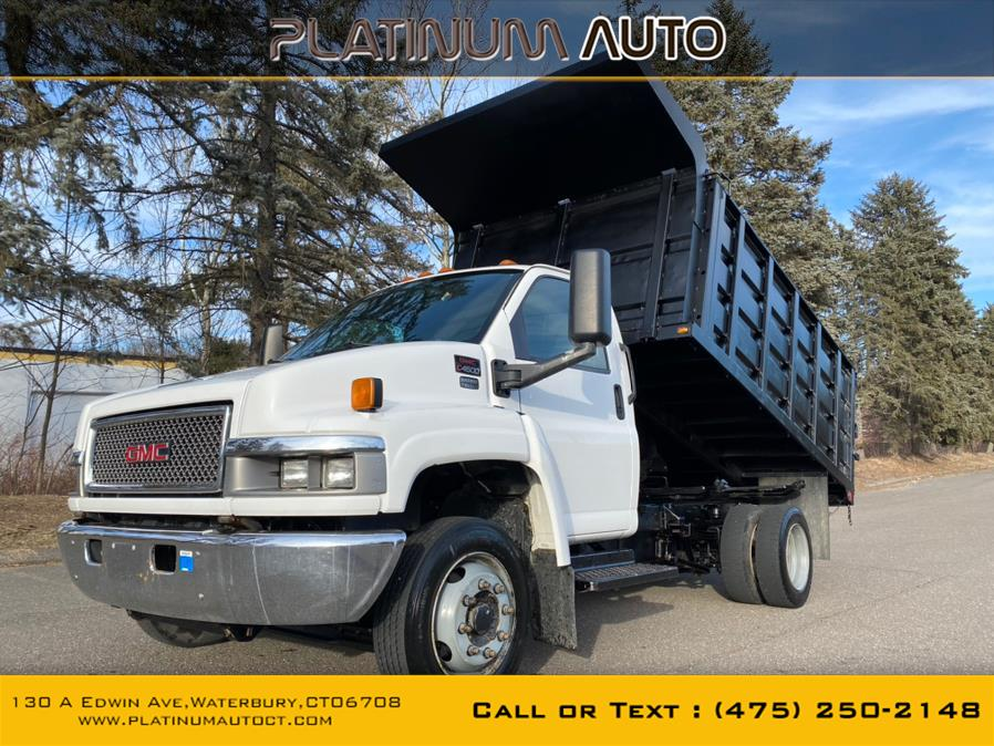 Used 2004 GMC TC4500 in Waterbury, Connecticut | Platinum Auto Care. Waterbury, Connecticut