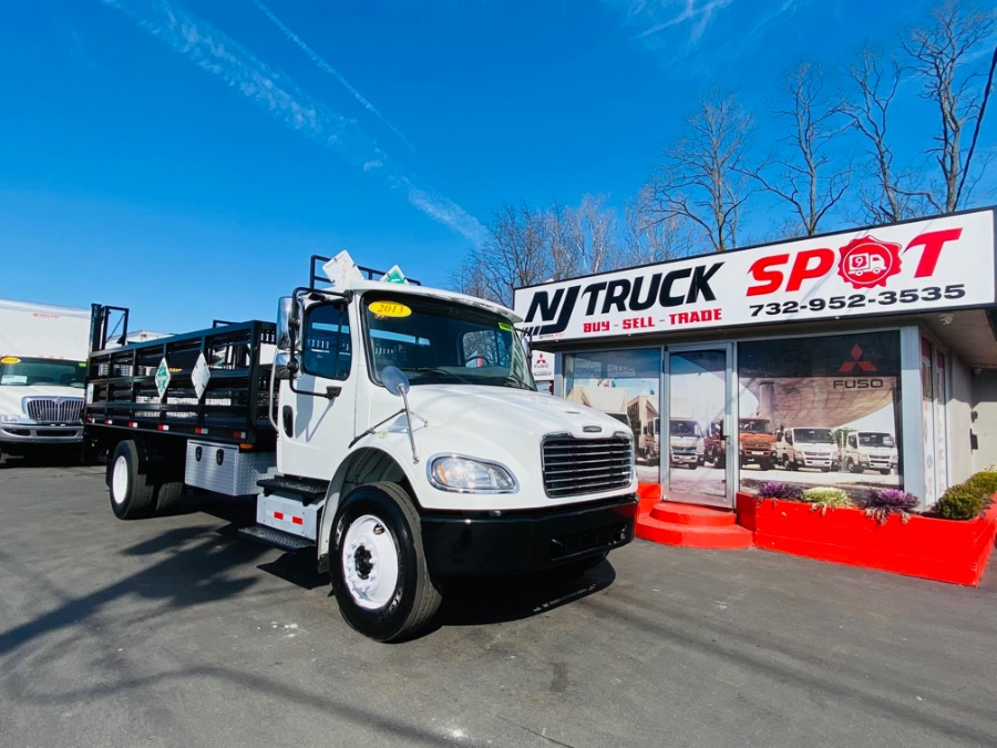 Used FREIGHTLINER M2 18 FEET FLATBED + LIFT GATE + CUMMINS ENGINE 2013 | NJ Truck Spot. South Amboy, New Jersey