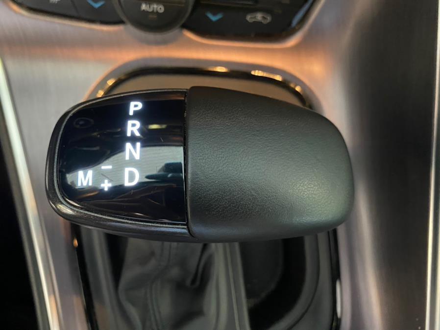 Used Dodge Challenger SXT RWD 2019   Autovanta. Massapequa Park, New York