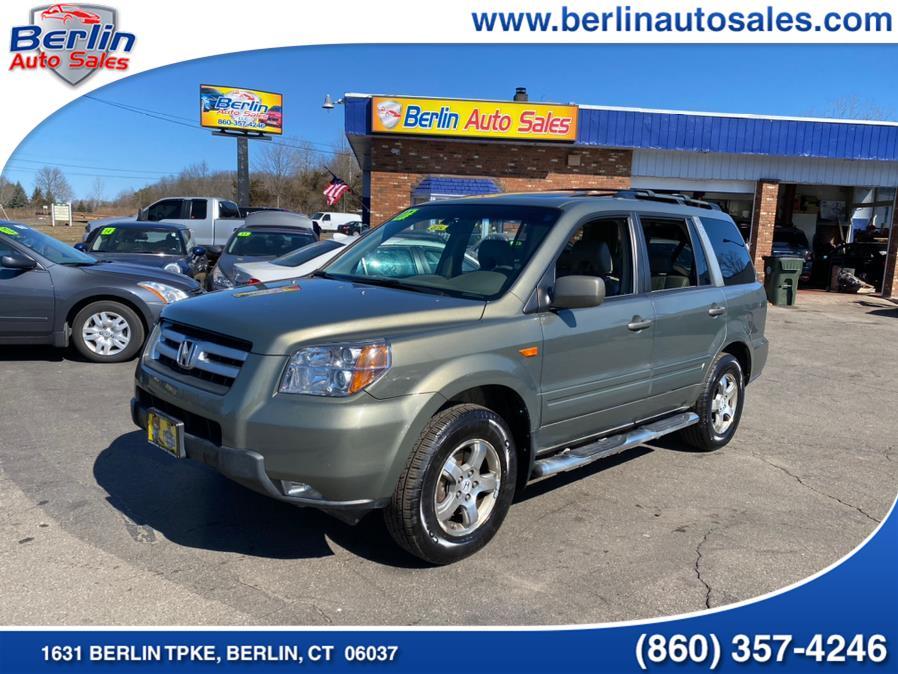 Used 2007 Honda Pilot in Berlin, Connecticut | Berlin Auto Sales LLC. Berlin, Connecticut