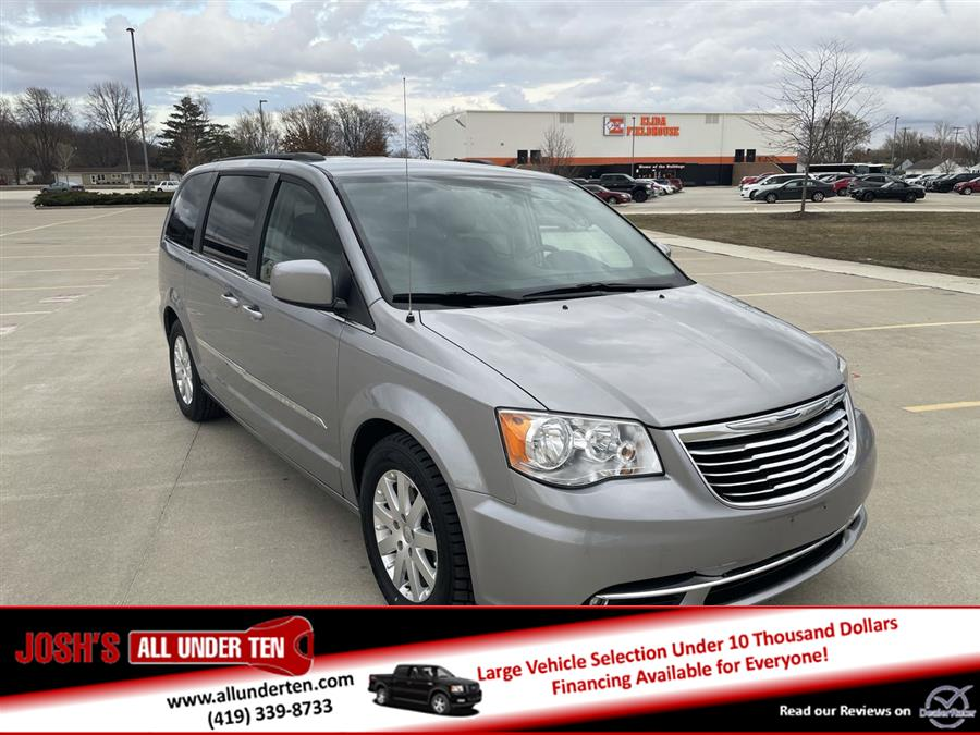 Used 2014 Chrysler Town & Country in Elida, Ohio | Josh's All Under Ten LLC. Elida, Ohio