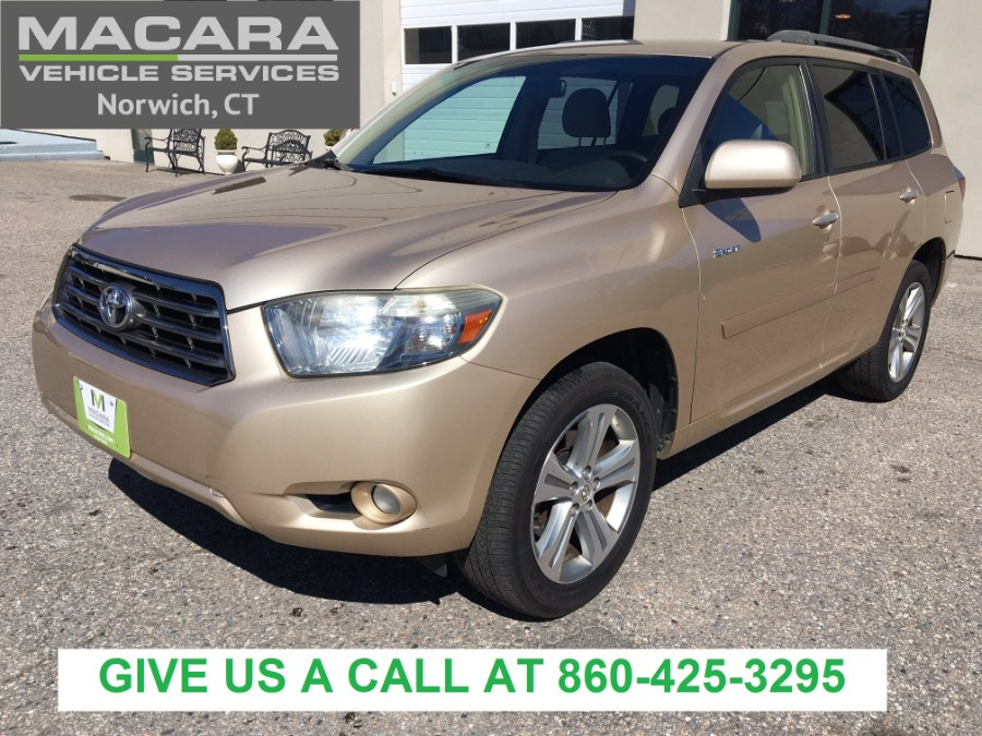 Used Toyota Highlander 4WD 4dr Sport 2008 | MACARA Vehicle Services, Inc. Norwich, Connecticut