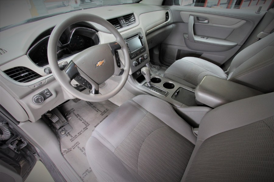 Used Chevrolet Traverse FWD 4dr LS 2013 | 1 Stop Auto Mart Inc.. Garden Grove, California