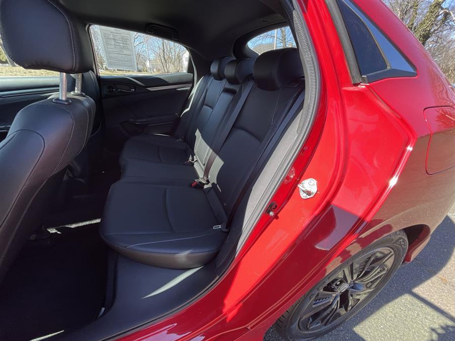 Used Honda Civic Hatchback EX-L Navi CVT 2017 | Wiz Leasing Inc. Stratford, Connecticut