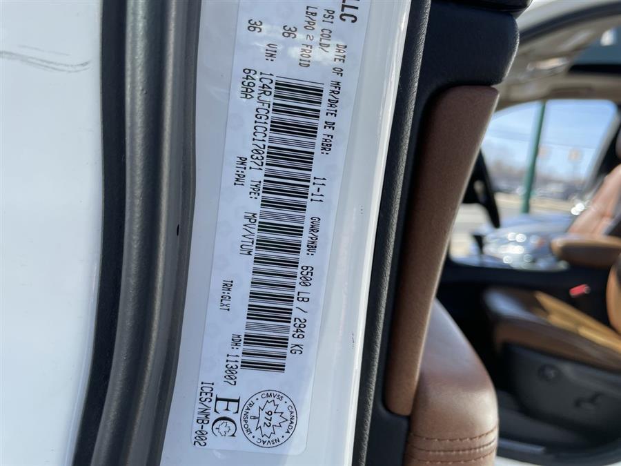 Used Jeep Grand Cherokee 4WD 4dr Overland 2012   Josh's All Under Ten LLC. Elida, Ohio