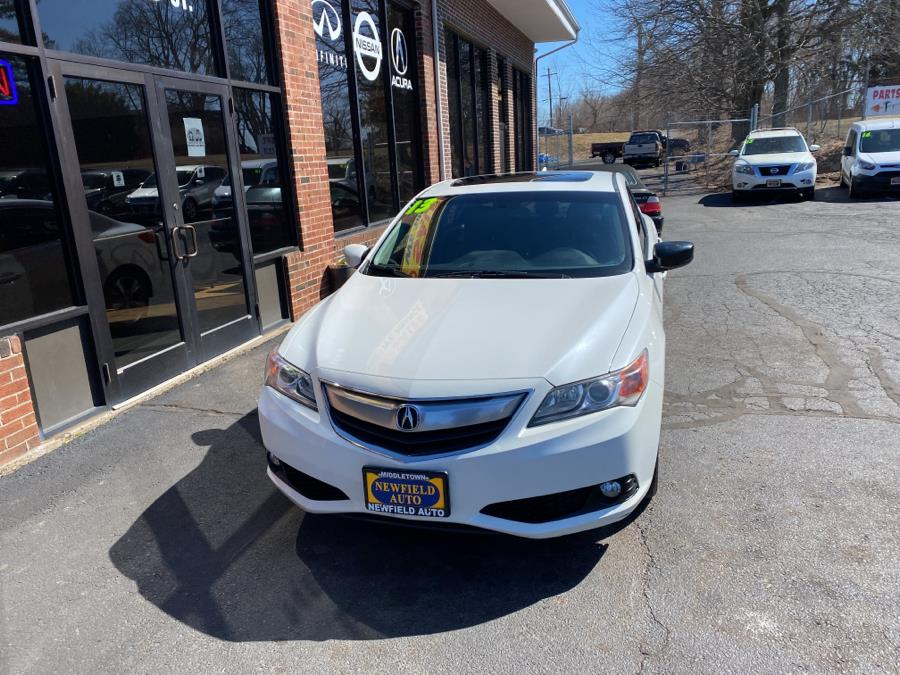 Used Acura ILX 4dr Sdn 2.0L Tech Pkg 2013 | Newfield Auto Sales. Middletown, Connecticut