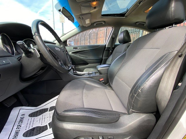 Used Hyundai Sonata 4dr Sdn 2.4L Auto Ltd 2011 | Wide World Inc. Brooklyn, New York