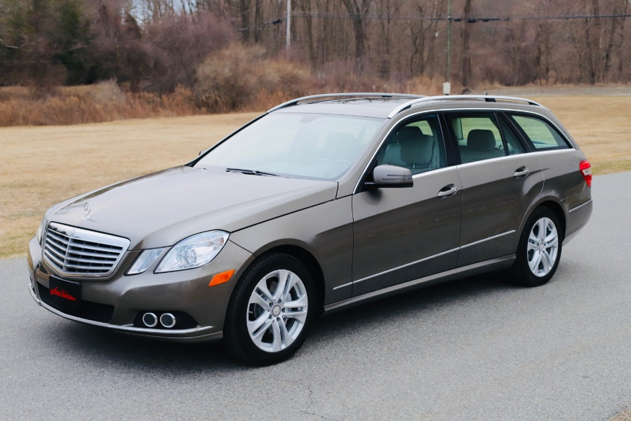 Used 2011 Mercedes-Benz E-Class in North Salem, New York | Meccanic Shop North Inc. North Salem, New York