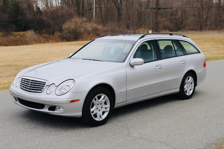 Used 2004 Mercedes-Benz E-Class in North Salem, New York | Meccanic Shop North Inc. North Salem, New York
