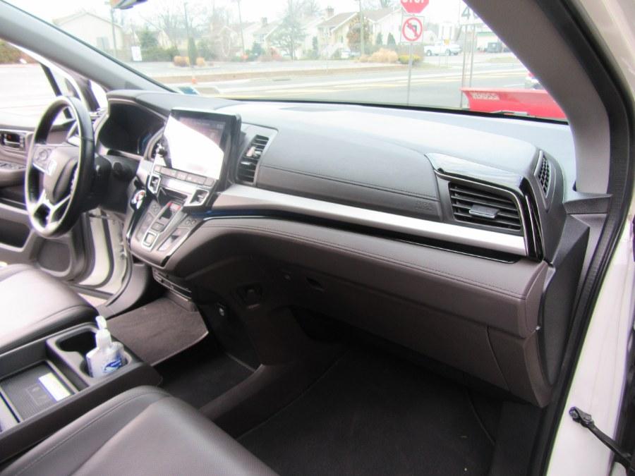 Used Honda Odyssey Elite Auto 2018   Royalty Auto Sales. Little Ferry, New Jersey