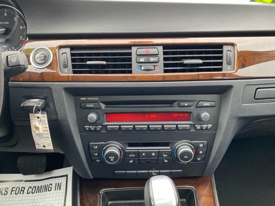 Used BMW 3 Series 4dr Sdn 328i xDrive AWD SULEV 2011 | Carmatch NY. Bayshore, New York