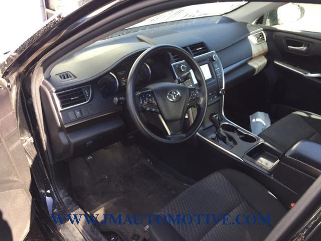 Used Toyota Camry 4dr Sdn I4 Auto LE 2016 | J&M Automotive Sls&Svc LLC. Naugatuck, Connecticut