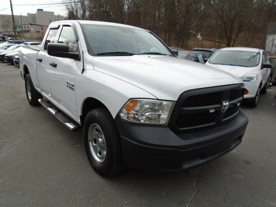 Used 2014 Ram 1500 in Waterbury, Connecticut | Jim Juliani Motors. Waterbury, Connecticut