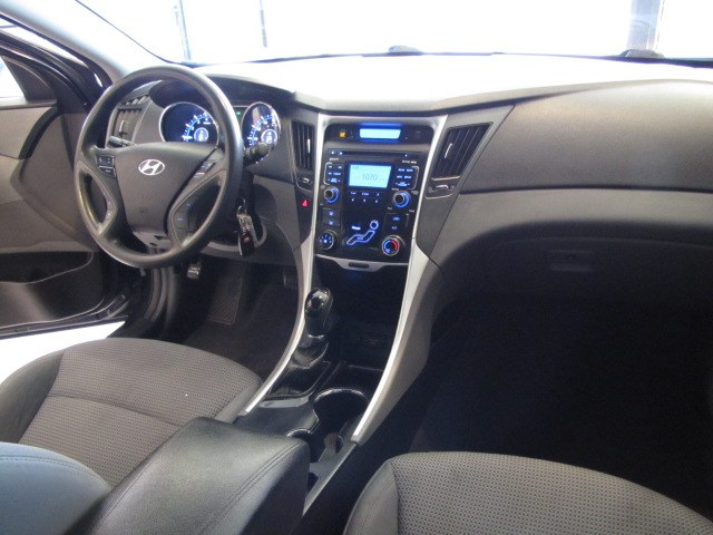 Used Hyundai Sonata 4dr Sdn 2.4L Auto GLS 2011 | Auto Network Group Inc. Placentia, California