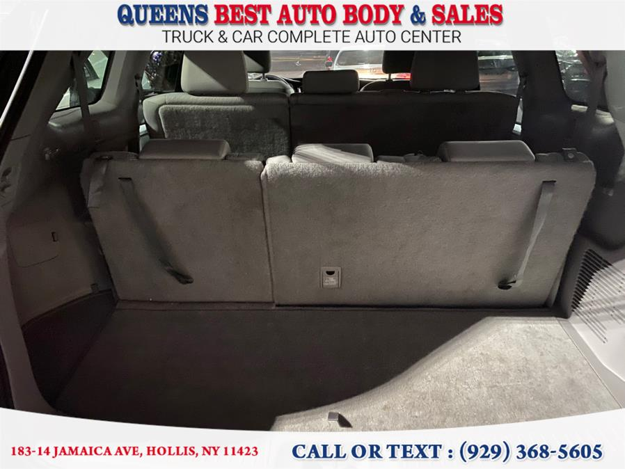 Used Toyota Highlander LE V6 AWD (Natl) 2019 | Queens Best Auto Body / Sales. Hollis, New York