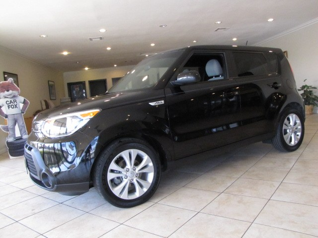 Used 2015 Kia Soul in Placentia, California | Auto Network Group Inc. Placentia, California