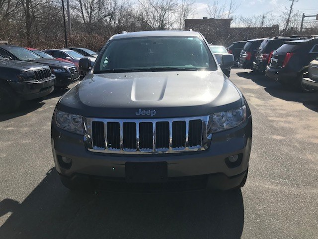 Used Jeep Grand Cherokee 4WD 4dr Laredo 2011 | J & A Auto Center. Raynham, Massachusetts