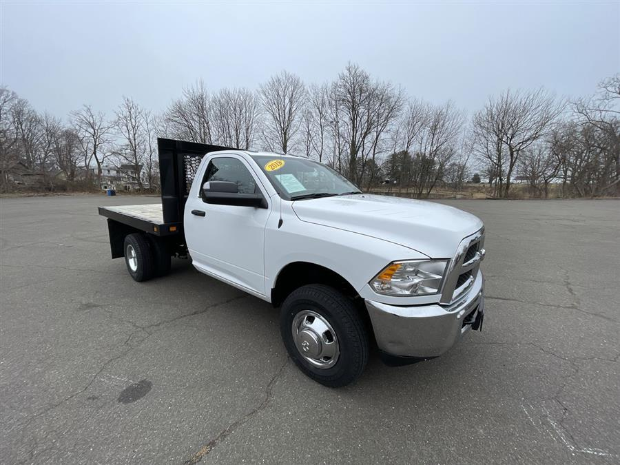 Used 2018 Ram 3500 Chassis Cab in Stratford, Connecticut | Wiz Leasing Inc. Stratford, Connecticut