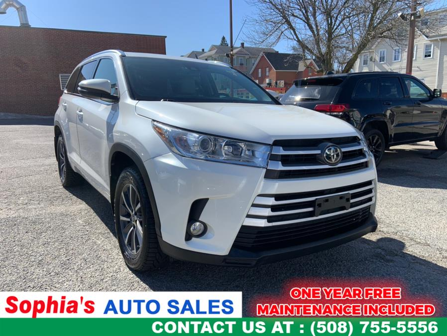 Used 2018 Toyota Highlander in Worcester, Massachusetts | Sophia's Auto Sales Inc. Worcester, Massachusetts