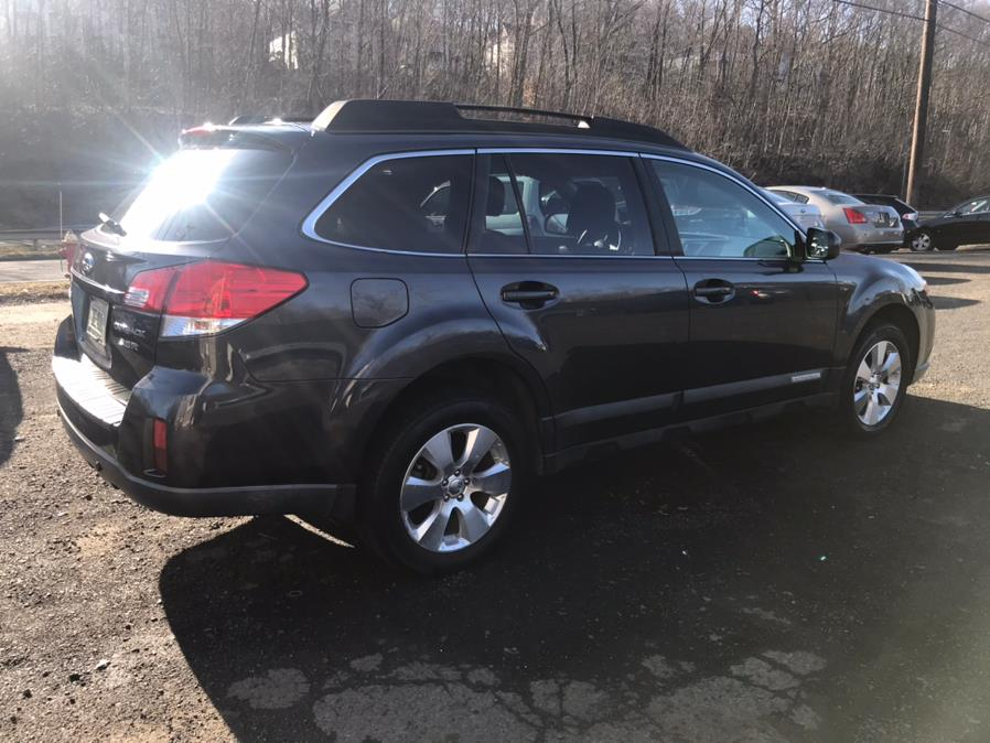 Used Subaru Outback 4dr Wgn H6 Auto 3.6R Ltd Pwr Moon 2010 | Auto Drive Sales And Service. Berlin, Connecticut
