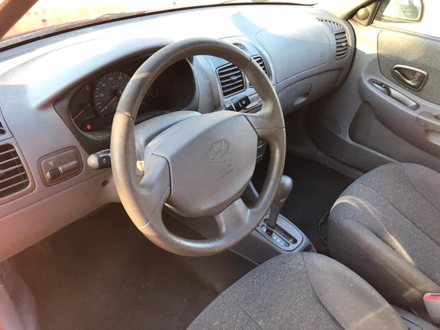 Used Hyundai Accent 4dr Sdn GL Auto 2002 | Elite Auto Brokers LLC. Norwich, Connecticut