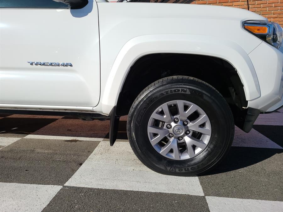 Used Toyota Tacoma SR5 Double Cab V6 4x4 2017 | National Auto Brokers, Inc.. Waterbury, Connecticut