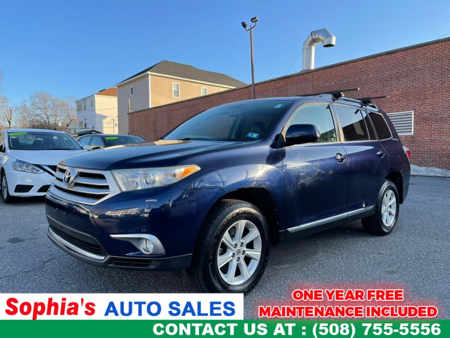 Used 2012 Toyota Highlander in Worcester, Massachusetts | Sophia's Auto Sales Inc. Worcester, Massachusetts