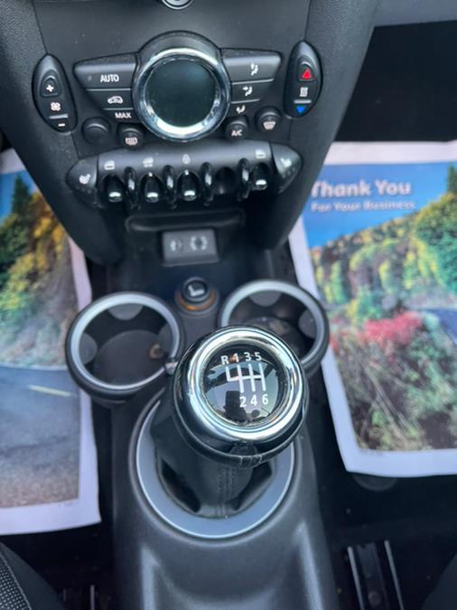 Used MINI Cooper Convertible 2dr 2013 | Brooklyn Auto Mall LLC. Brooklyn, New York