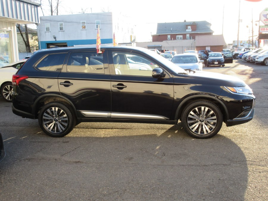 Used Mitsubishi Outlander SE S-AWC 2019 | Route 27 Auto Mall. Linden, New Jersey