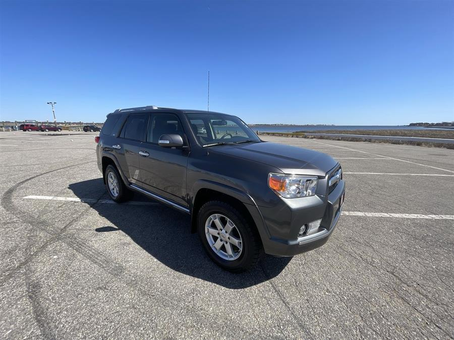 Used 2013 Toyota 4Runner in Stratford, Connecticut | Wiz Leasing Inc. Stratford, Connecticut