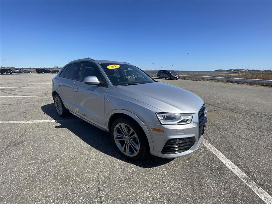 Used 2018 Audi Q3 in Stratford, Connecticut | Wiz Leasing Inc. Stratford, Connecticut