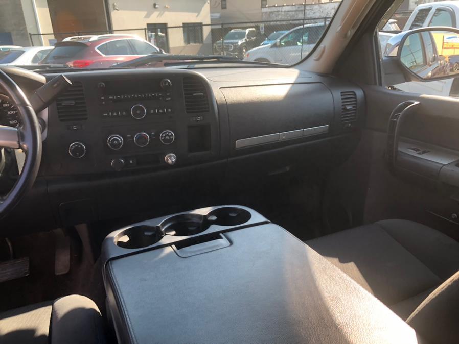 "Used Chevrolet Silverado 1500 4WD Ext Cab 157.5"" LT 2009 | Eugen's Auto Sales & Repairs. Philadelphia, Pennsylvania"