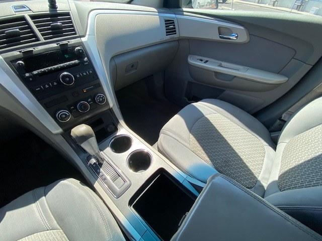 Used Chevrolet Traverse FWD 4dr LS 2011 | Wide World Inc. Brooklyn, New York